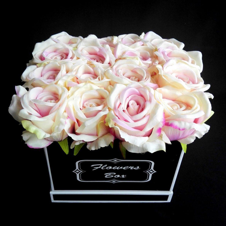 kompozycje kwiatowe w boxach
