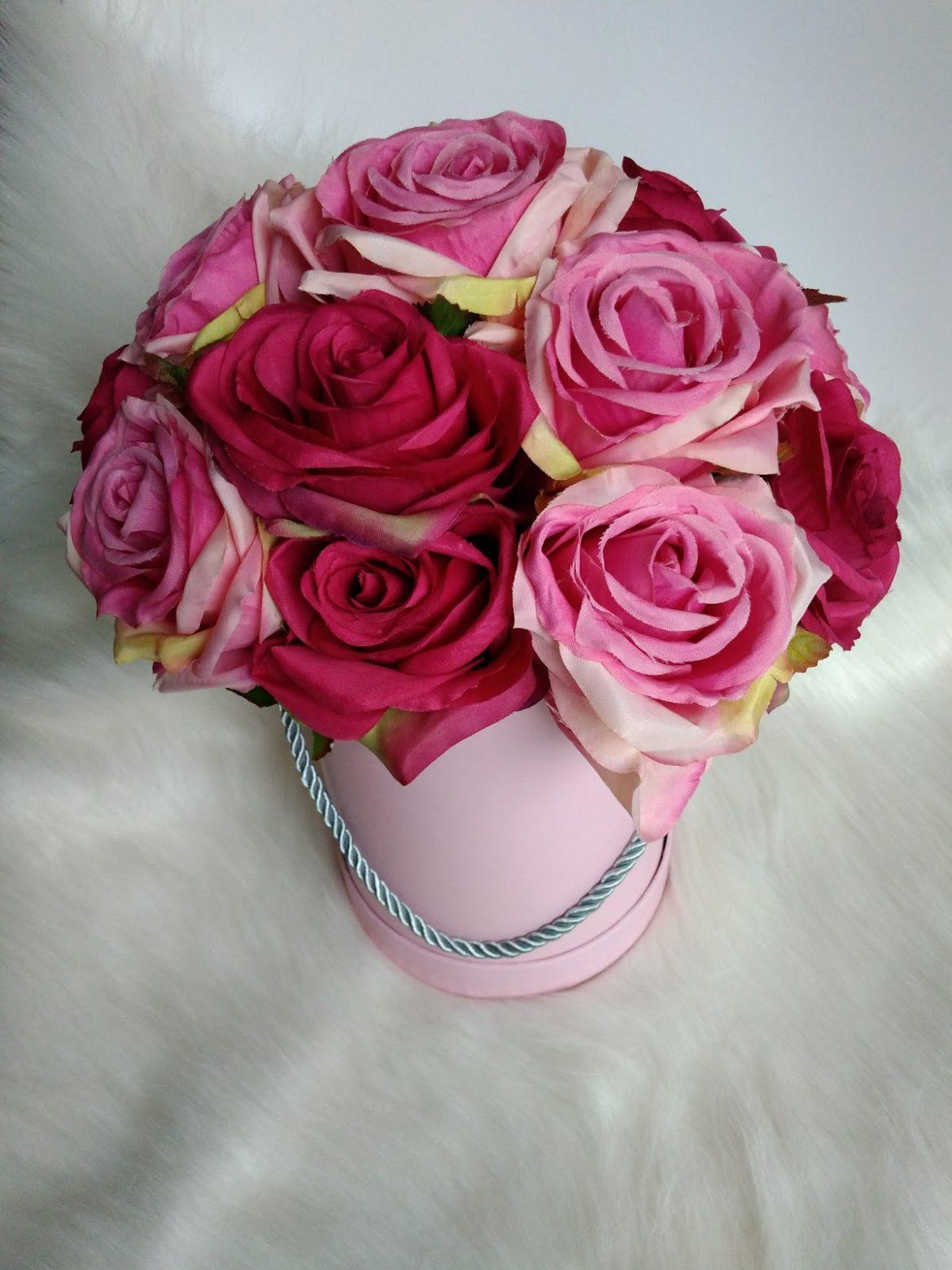 Flower Box pudrowe róże