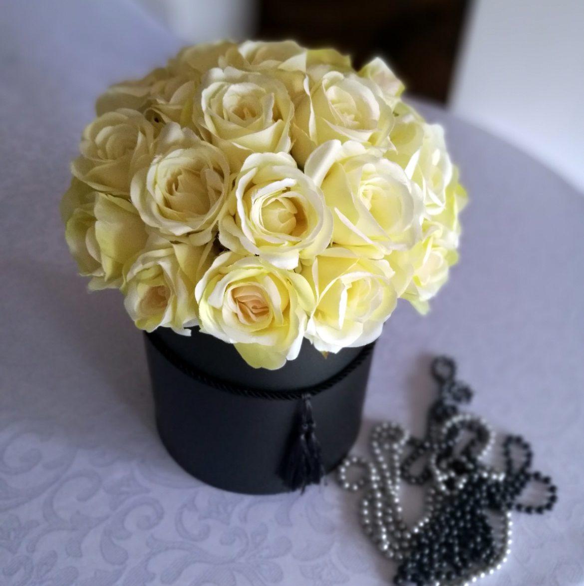 Flower box kremowe róże nr. 123