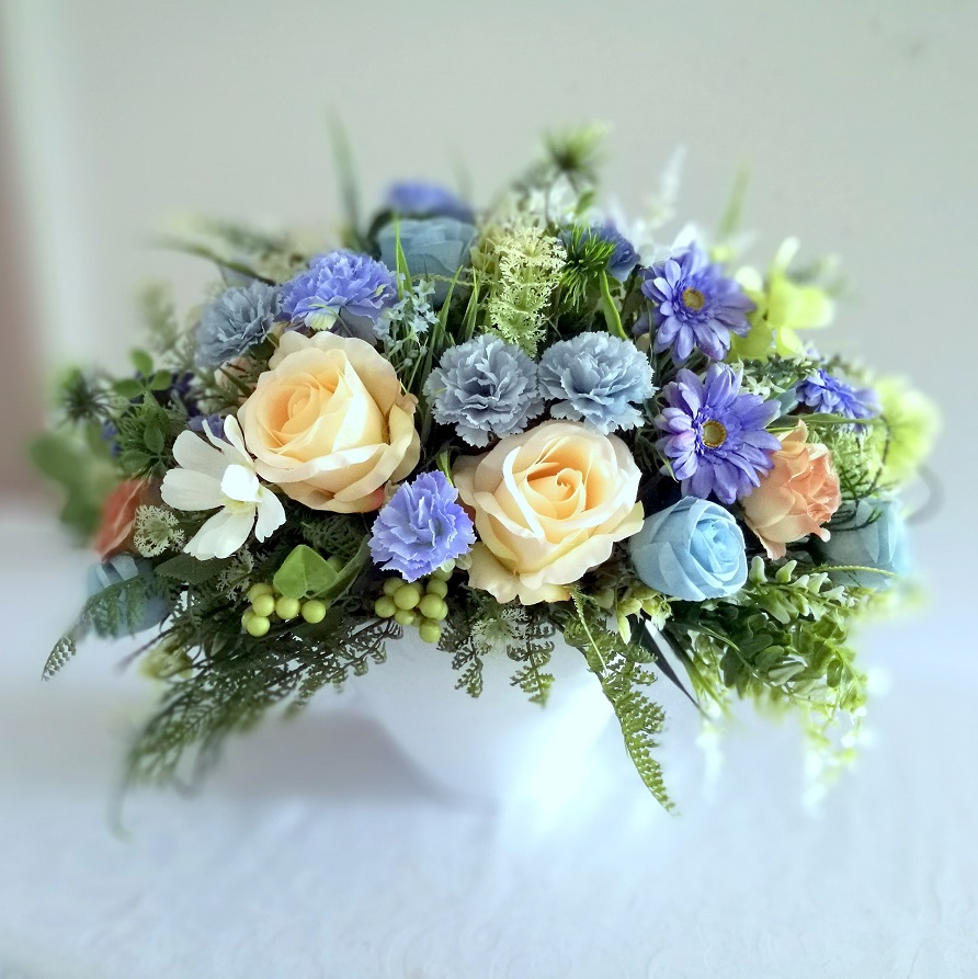Kompozycja kwiatowa Błękitny świt nr 352