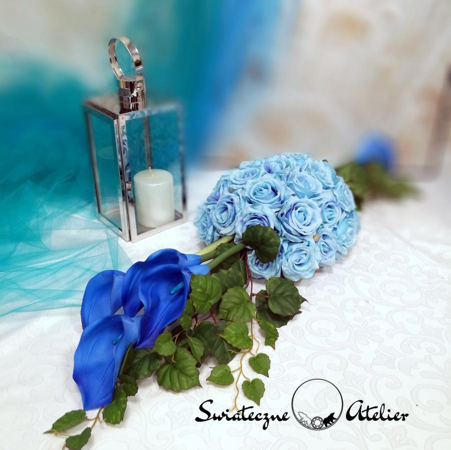 Stroik na cmentarz Niebieska kalia nr 551